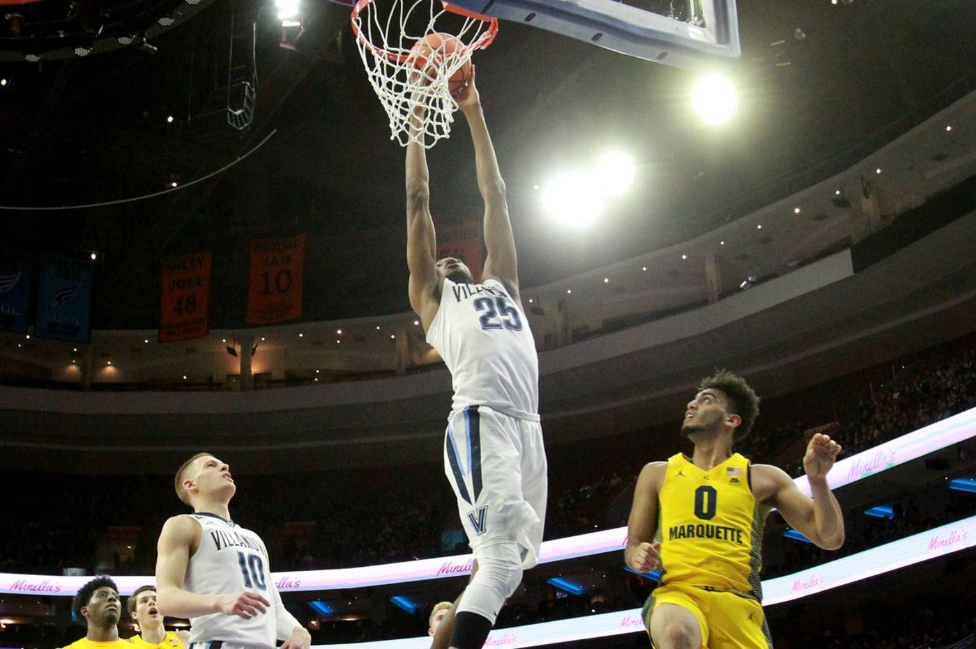 Scout: Mikal Bridges wouldn't gain much by returning to Villanova