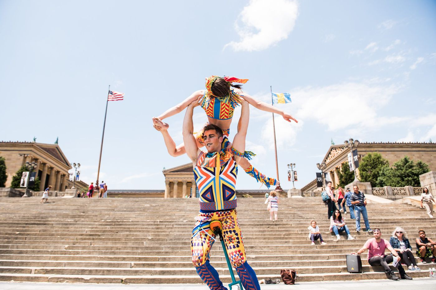 Photos Cirque Du Soleil Unicycle Duo Performs Free Shows At Iconic Spots Across Philadelphia