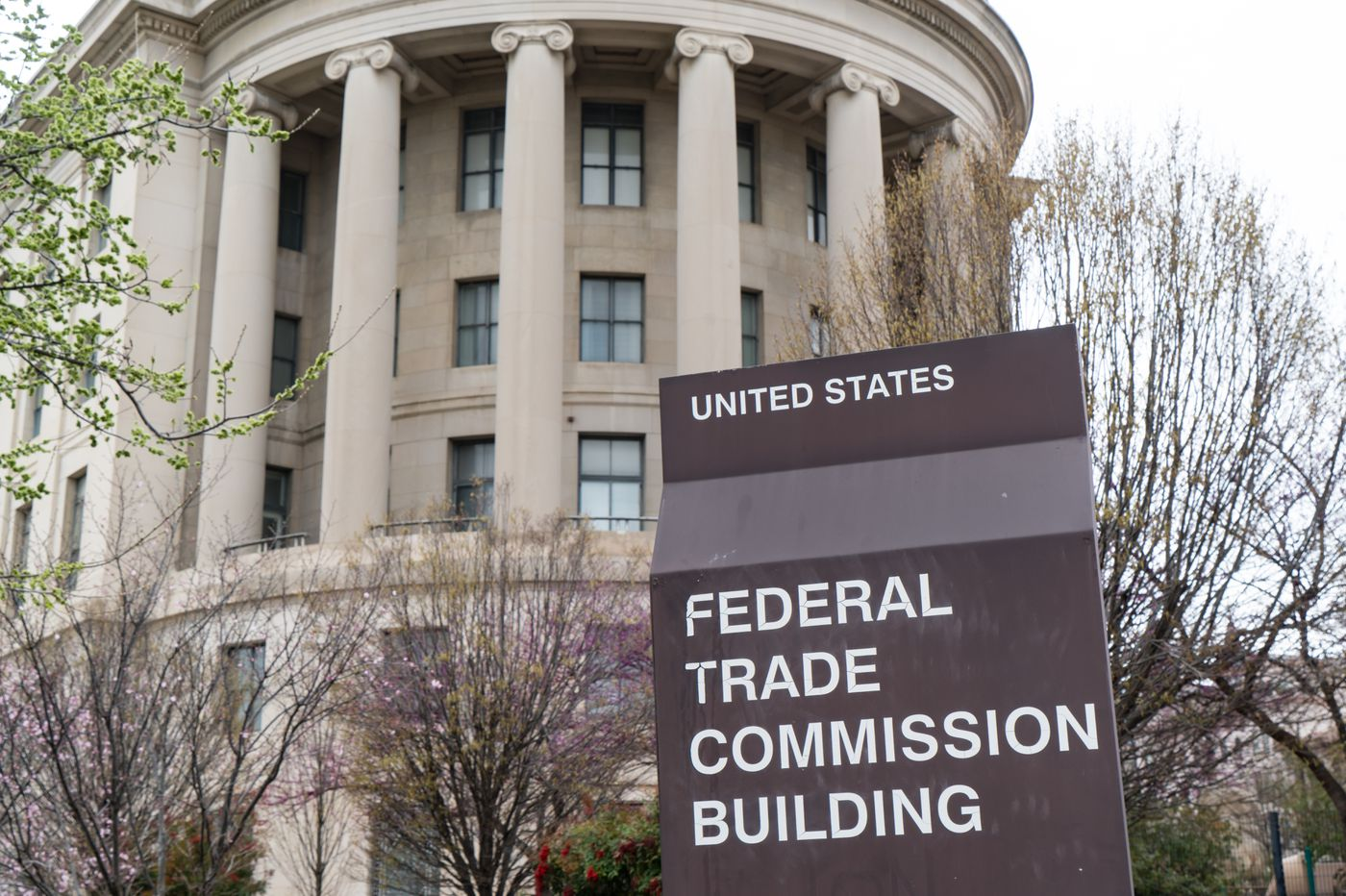 This top FTC official is so conflicted, he has to leave the room if Facebook gets mentioned