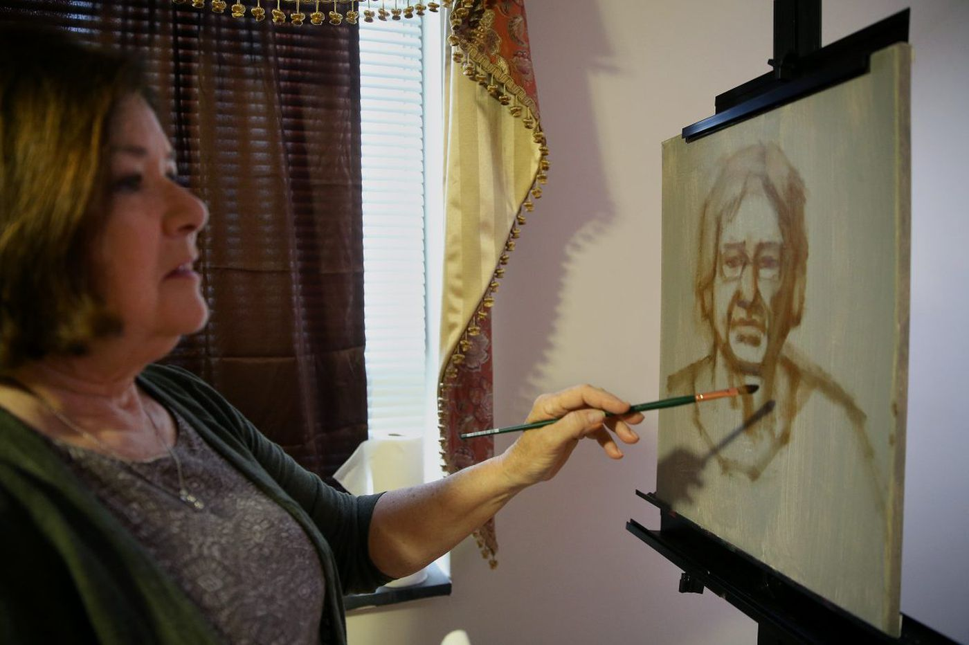 Painting portraits, she draws the life stories of South Jersey seniors | Kevin Riordan