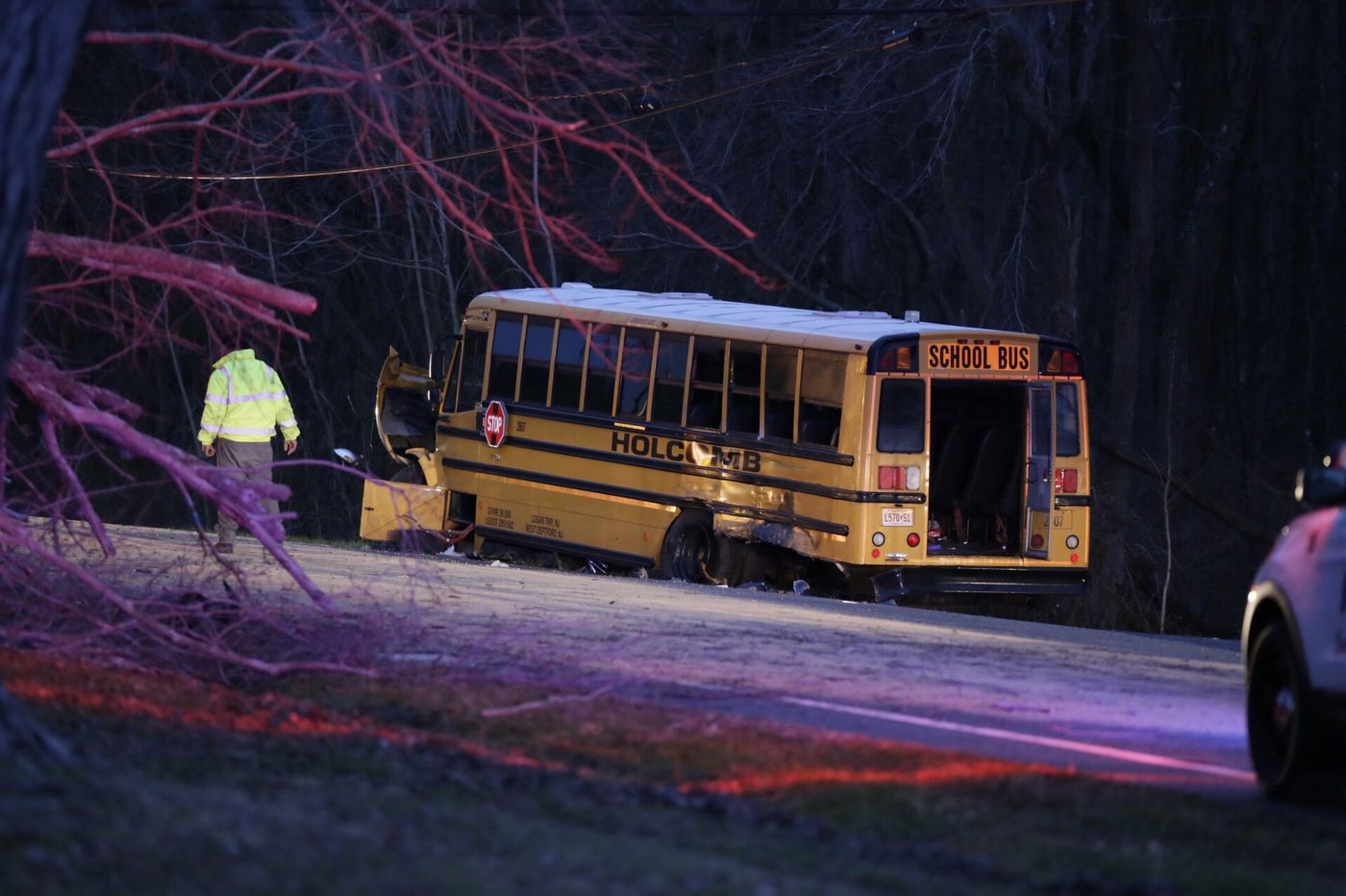 Minor injuries reported in Gloucester County school bus accident