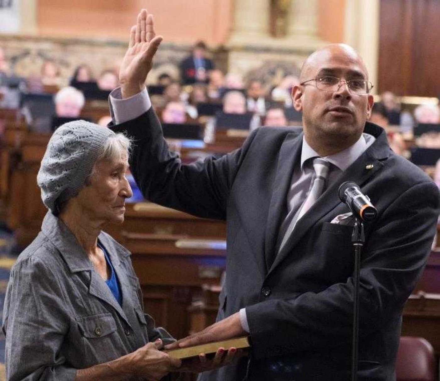 Vazquez sworn in for 197th District seat as investigation, lawsuit loom
