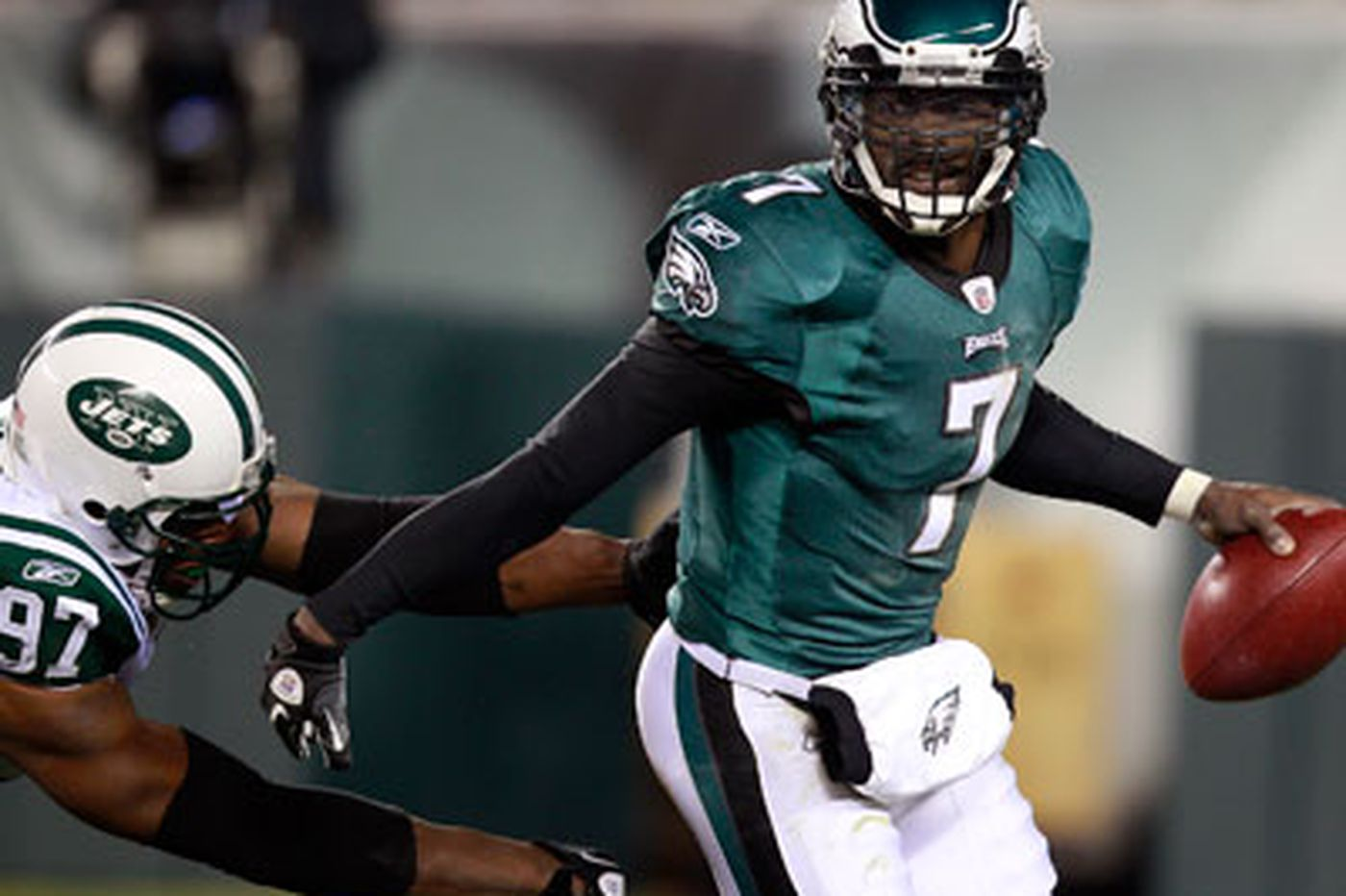 Vick will lead Eagles to a win over Redskins