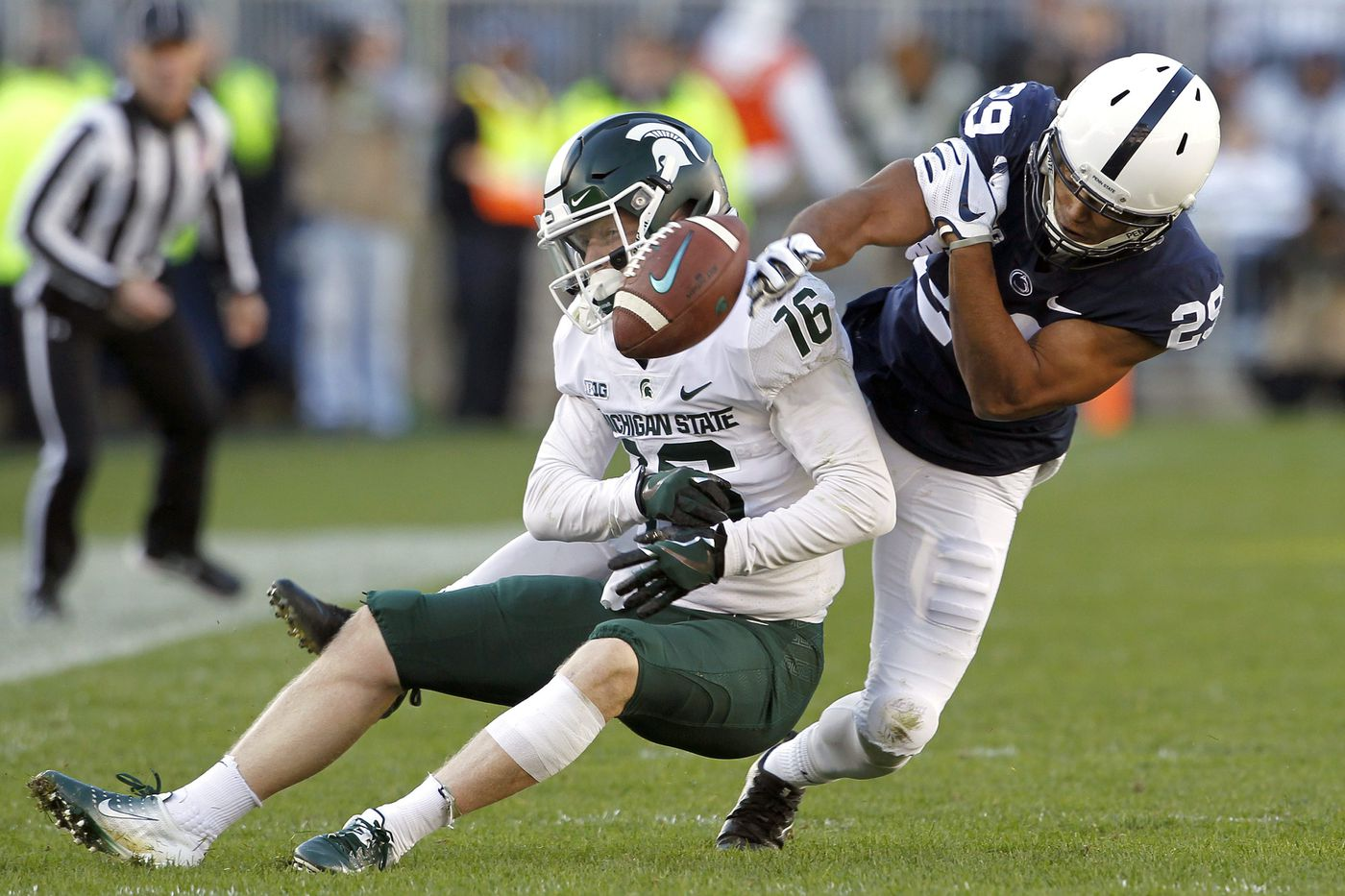 Penn State stunned by Michigan State's late touchdown for second straight loss