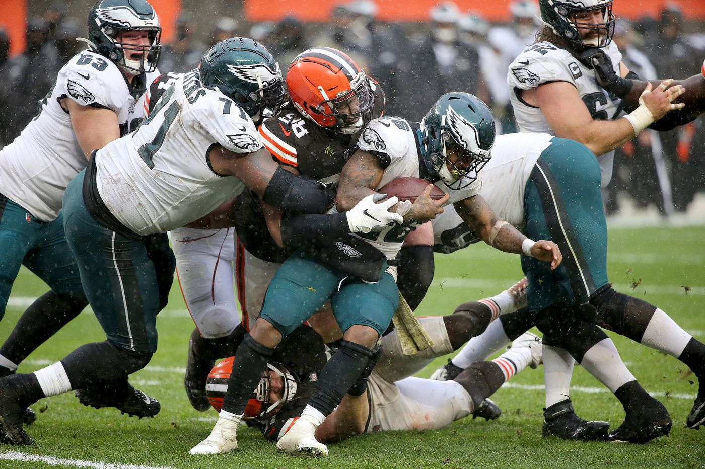 Eagles-Browns Up-Down Drill: Jason Peters has another brutal day
