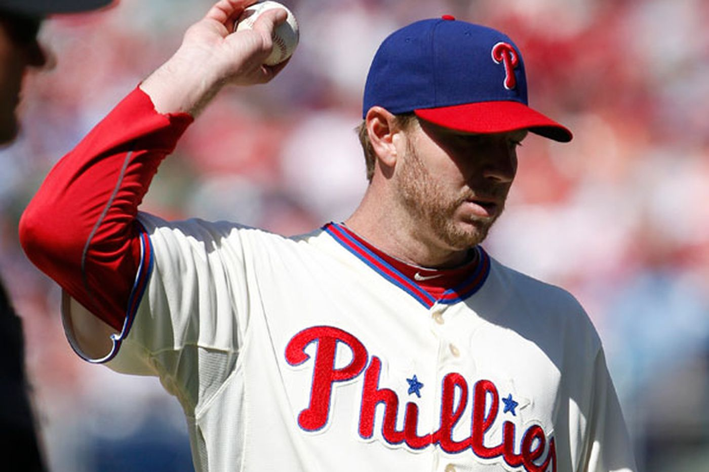 Roy Halladay offers apology to upset fans