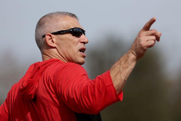 Phillies manager Joe Girardi optimistic as first spring training begins | Bob Brookover