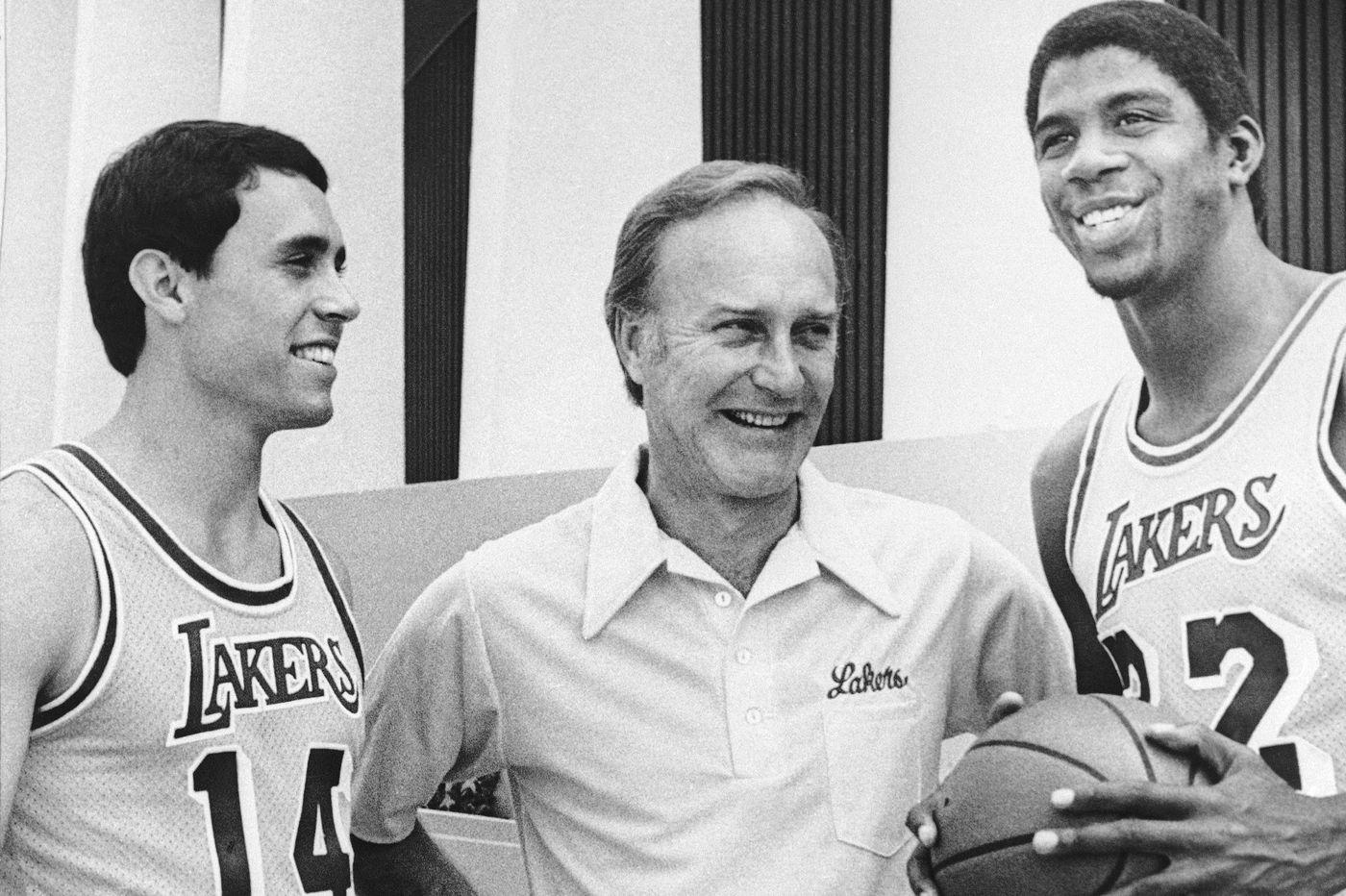 Jack McKinney remembered as a gentleman and 'a terrific basketball coach'