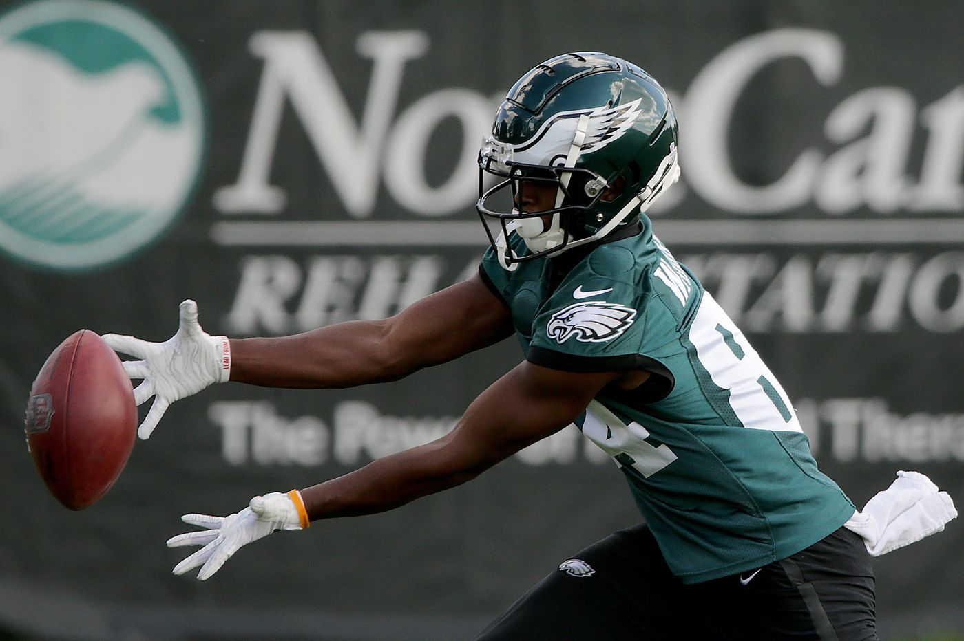Can Doug Pederson figure out the Eagles' offensive identity with so many starters injured?