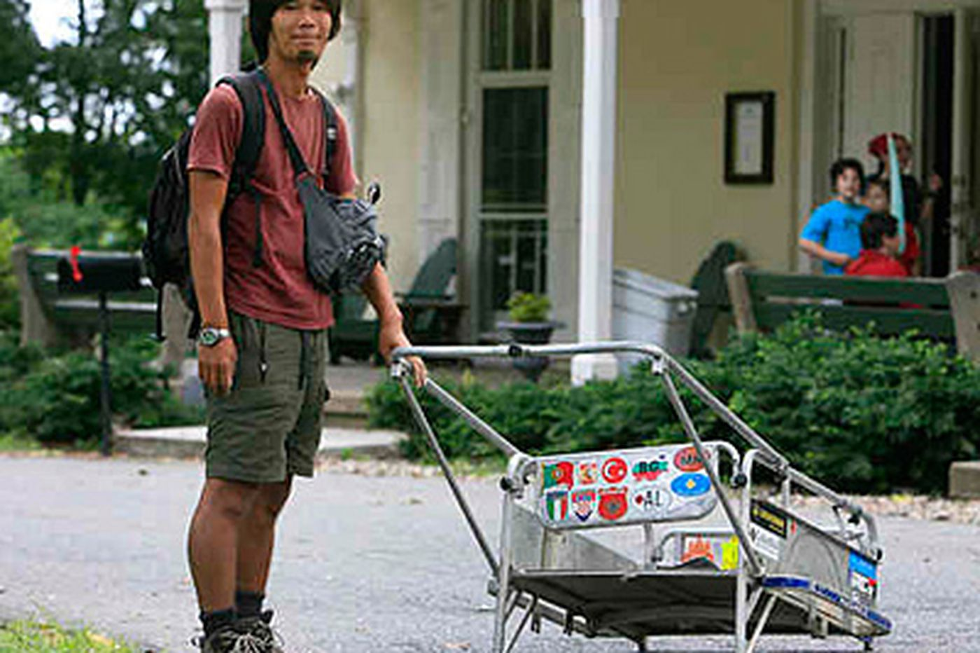 Japanese 'planet' walker rests up in Philly