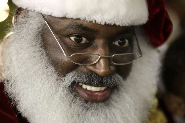 In diverse U.S., Santa Claus has many faces, races