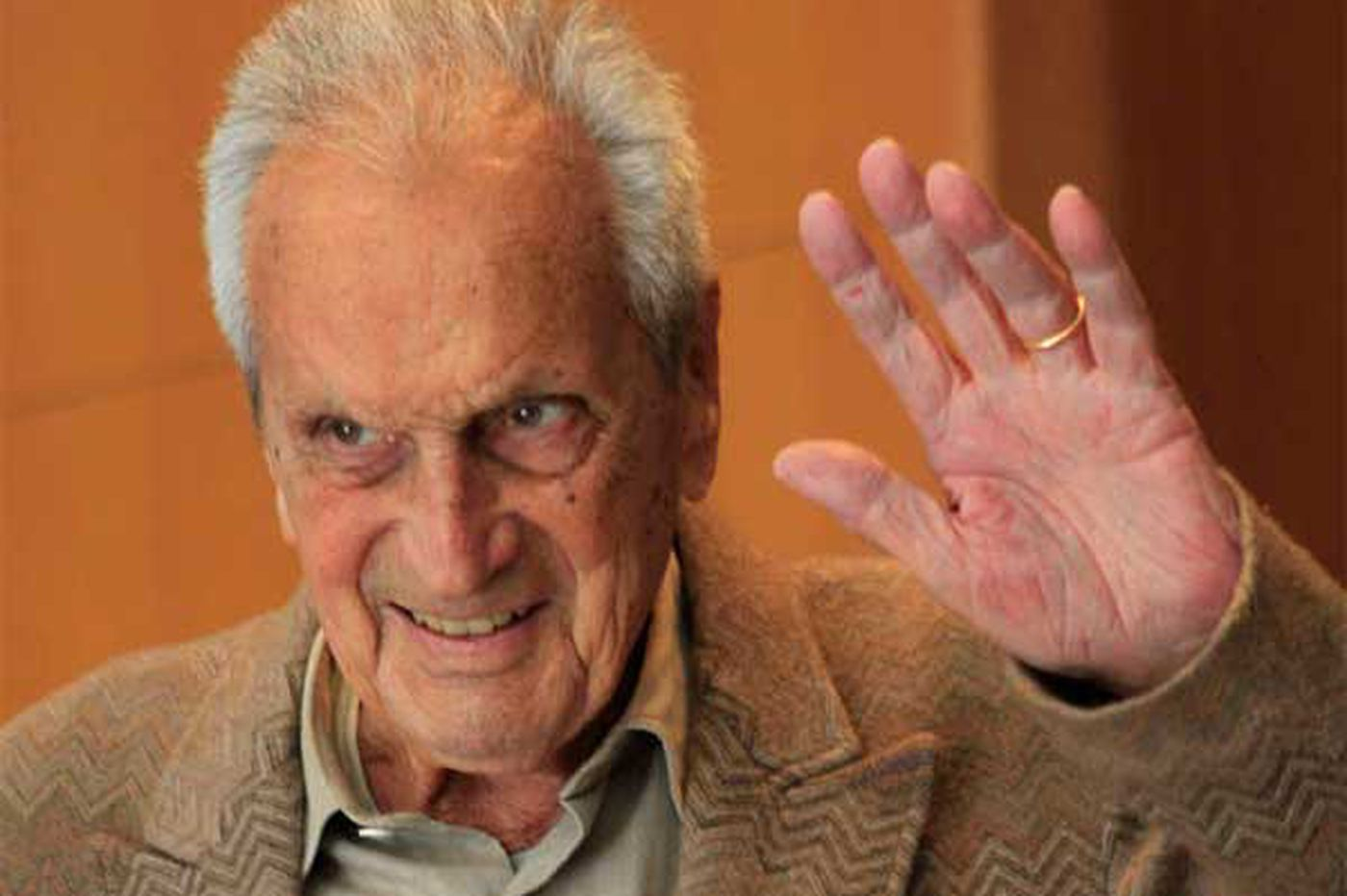 Ottavio Missoni, 92, fashion patriarch