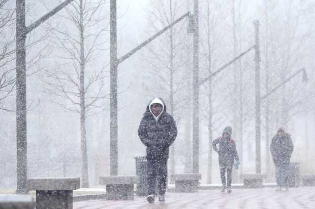 Snow, ice, mess on tap for Tuesday; icy morning commute likely