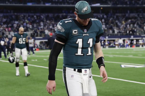Carson Wentz and the Eagles' offense won't return to last year's form in time