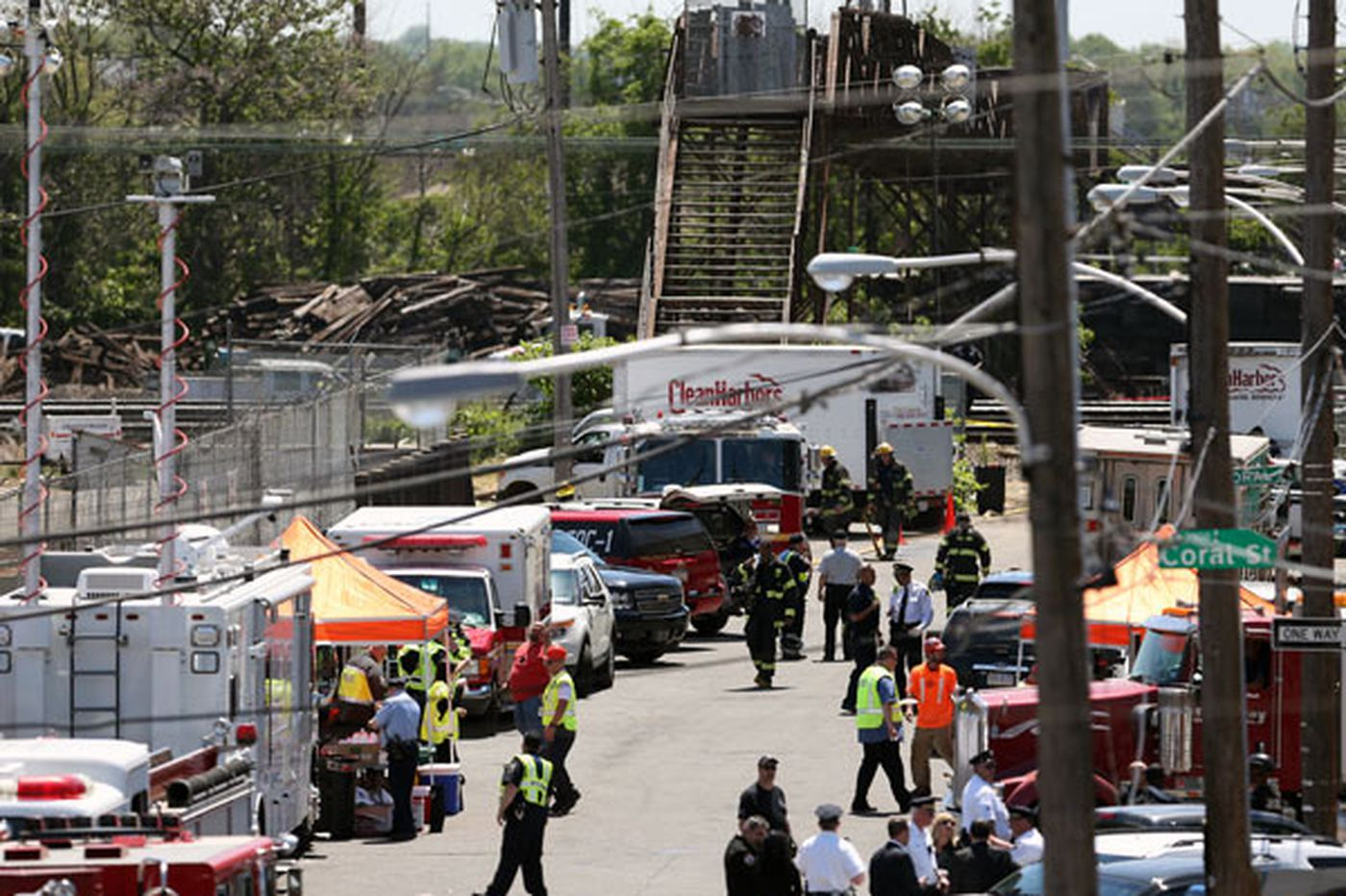 NTSB: Amtrak train sped up before crash
