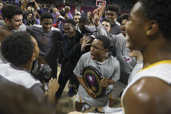 Hakim Hart and defense carry Roman Catholic to second straight Catholic League title