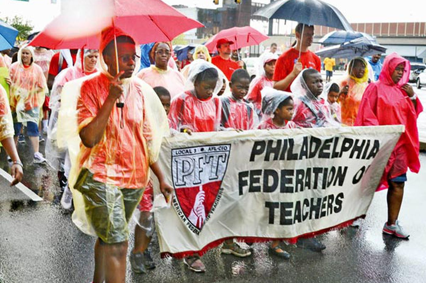 Phila. teachers, facing first day of school, vote to continue contract talks