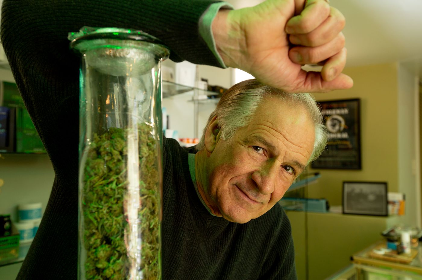 This Philly hustler, once called a 'drug kingpin' and spent 30 years in prison, now owns a CBD cafe
