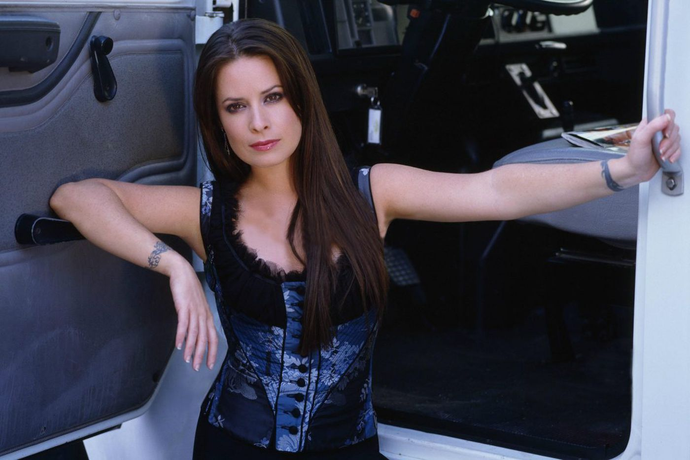 Holly Marie Combs remains 'Charmed' by her roles and her fans