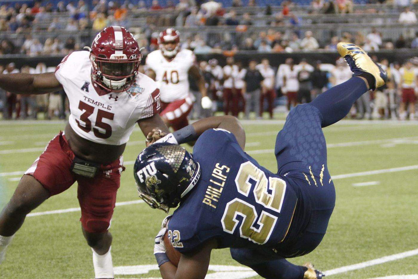 Temple's William Kwenkeu becomes U.S. citizen just before helping Owls win Gasparilla Bowl