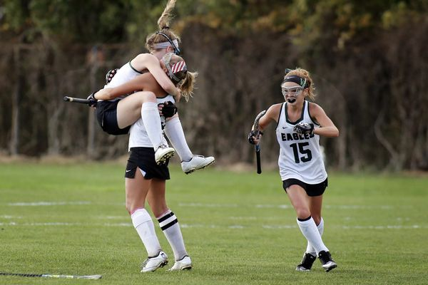 Wednesday's roundup: West Deptford field hockey advances to the finals with win over Cedar Creek