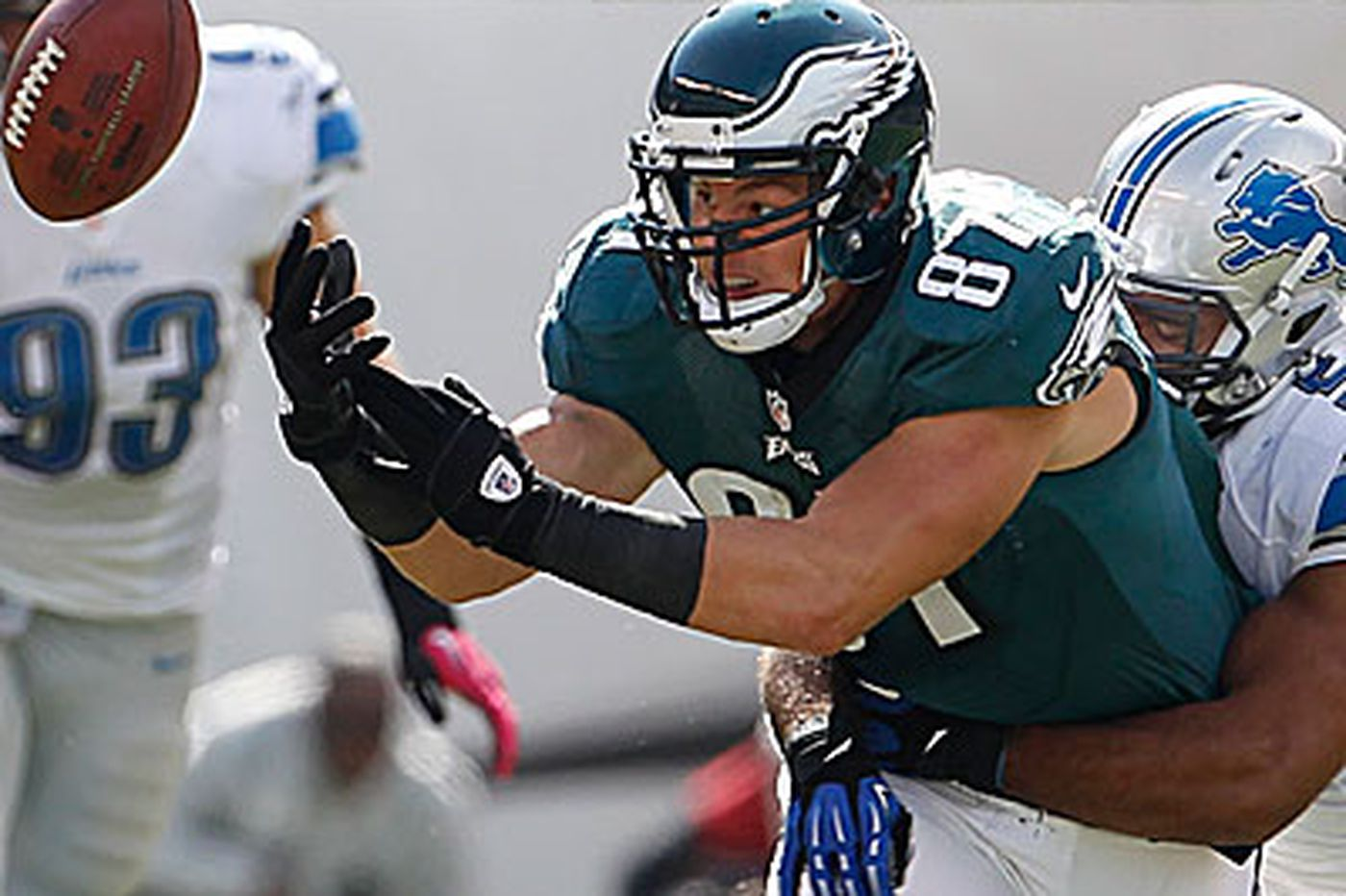 Marcus Hayes: Eagles' woes a tale of self-destruction
