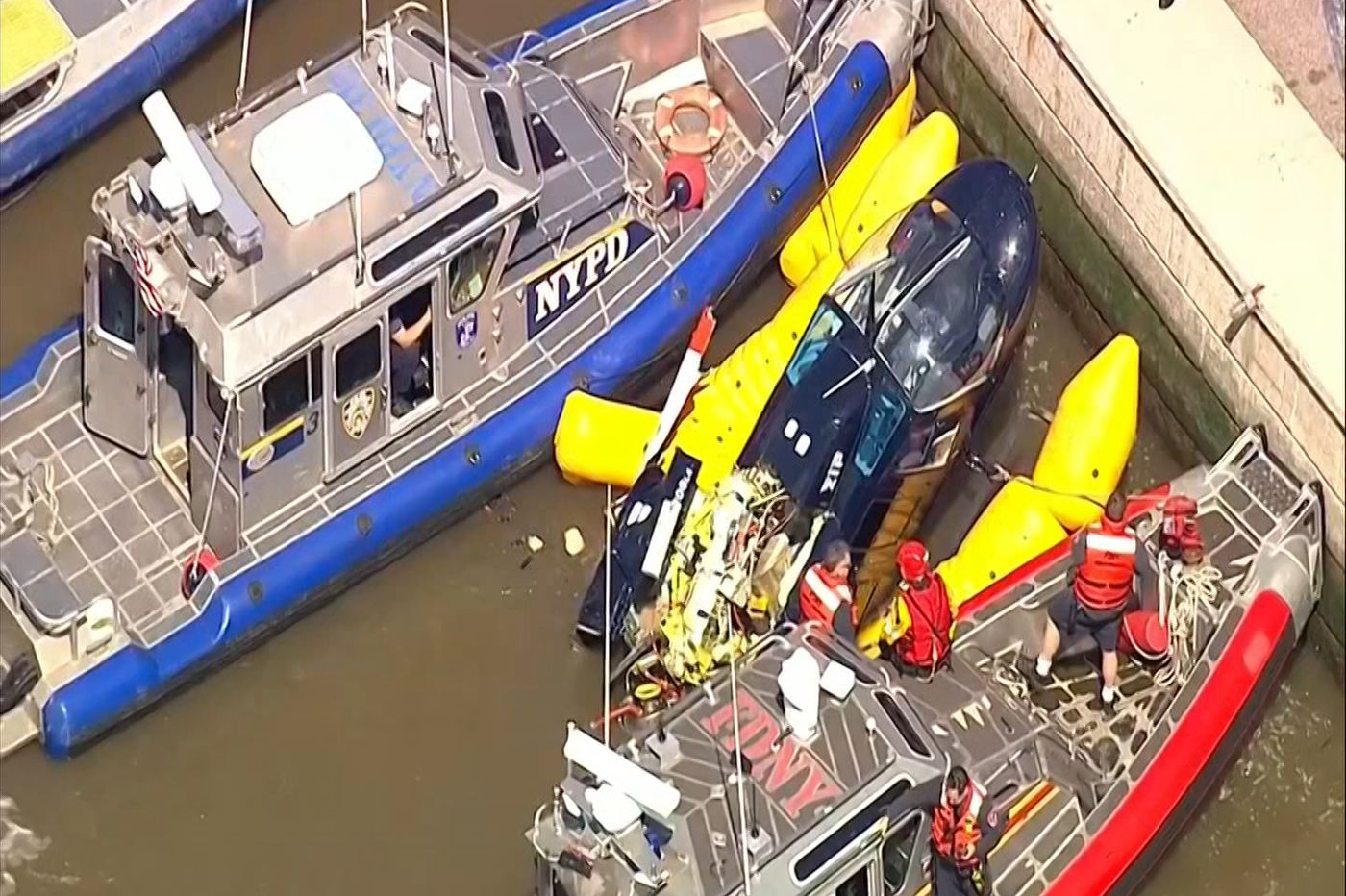 Helicopter goes down in Hudson River; pilot OK