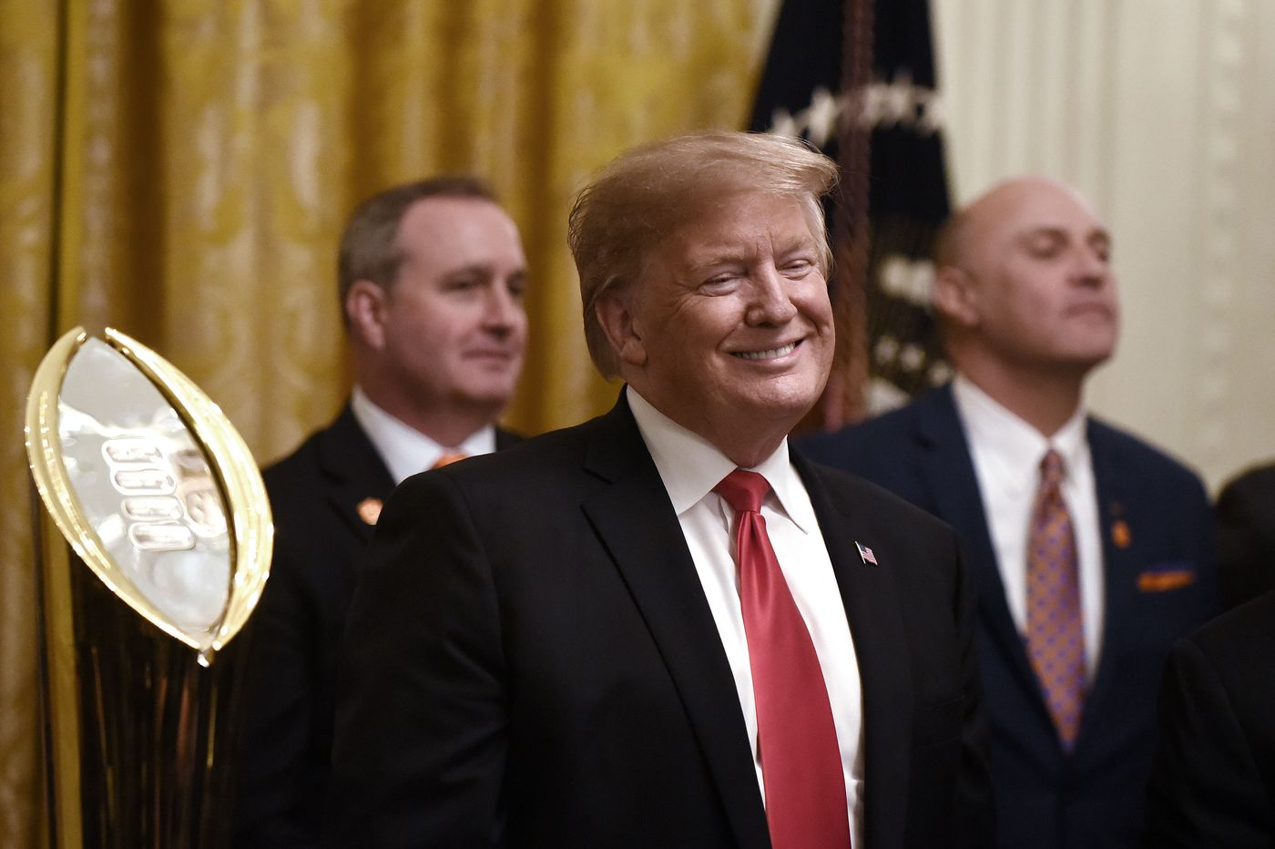 Trump orders thousands back to work without pay to blunt shutdown disruption