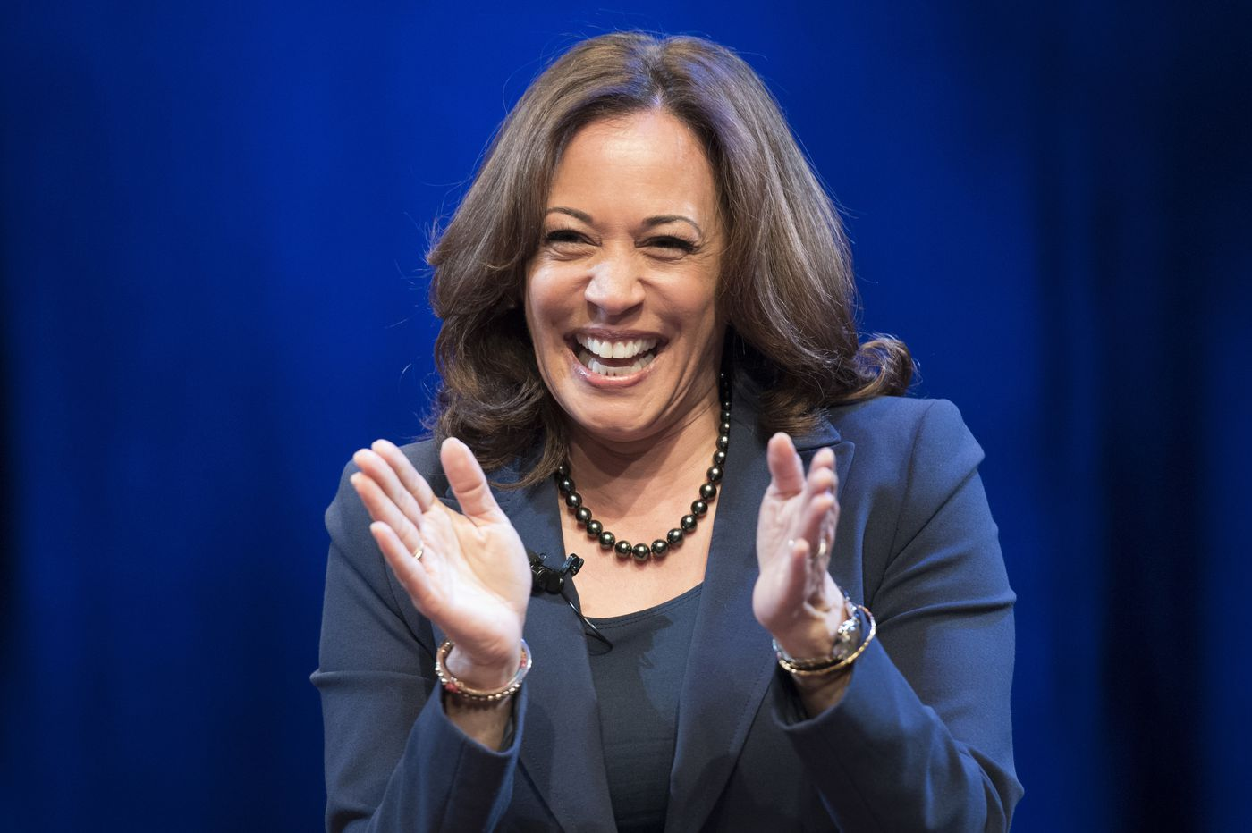 Kamala Harris launches 2020 White House bid