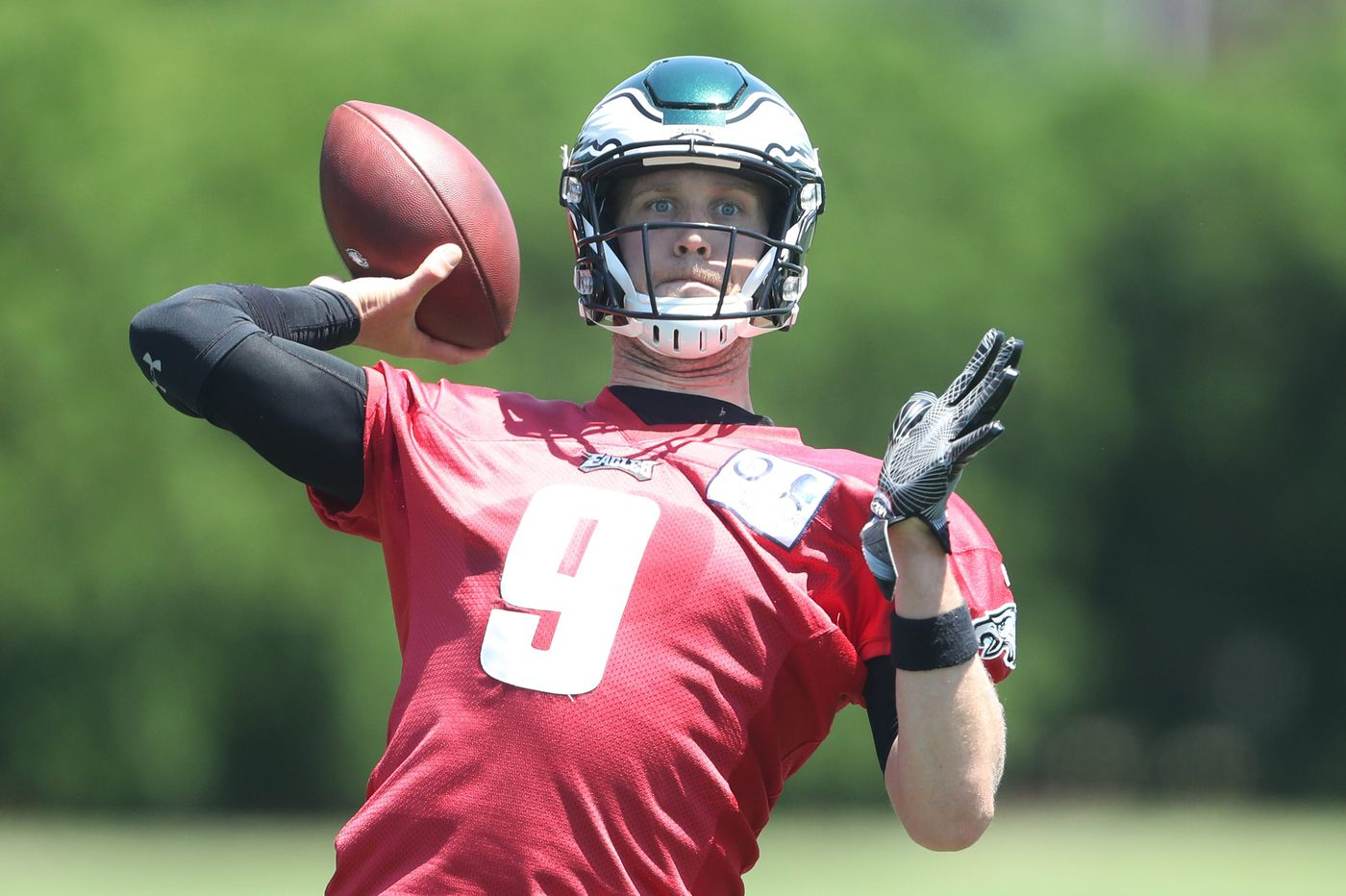 Eagles practice observations: Sidney Jones held back with 'soreness;' Carson Wentz dials it up; Darren Sproles takes mental reps