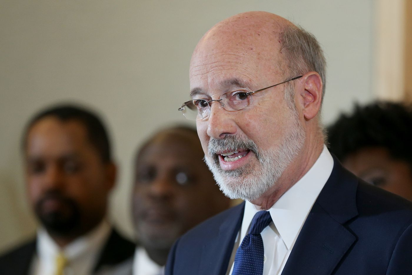 Gov. Wolf raises Pa. minimum wage for state employees to $12 per hour, $15 per hour by 2024
