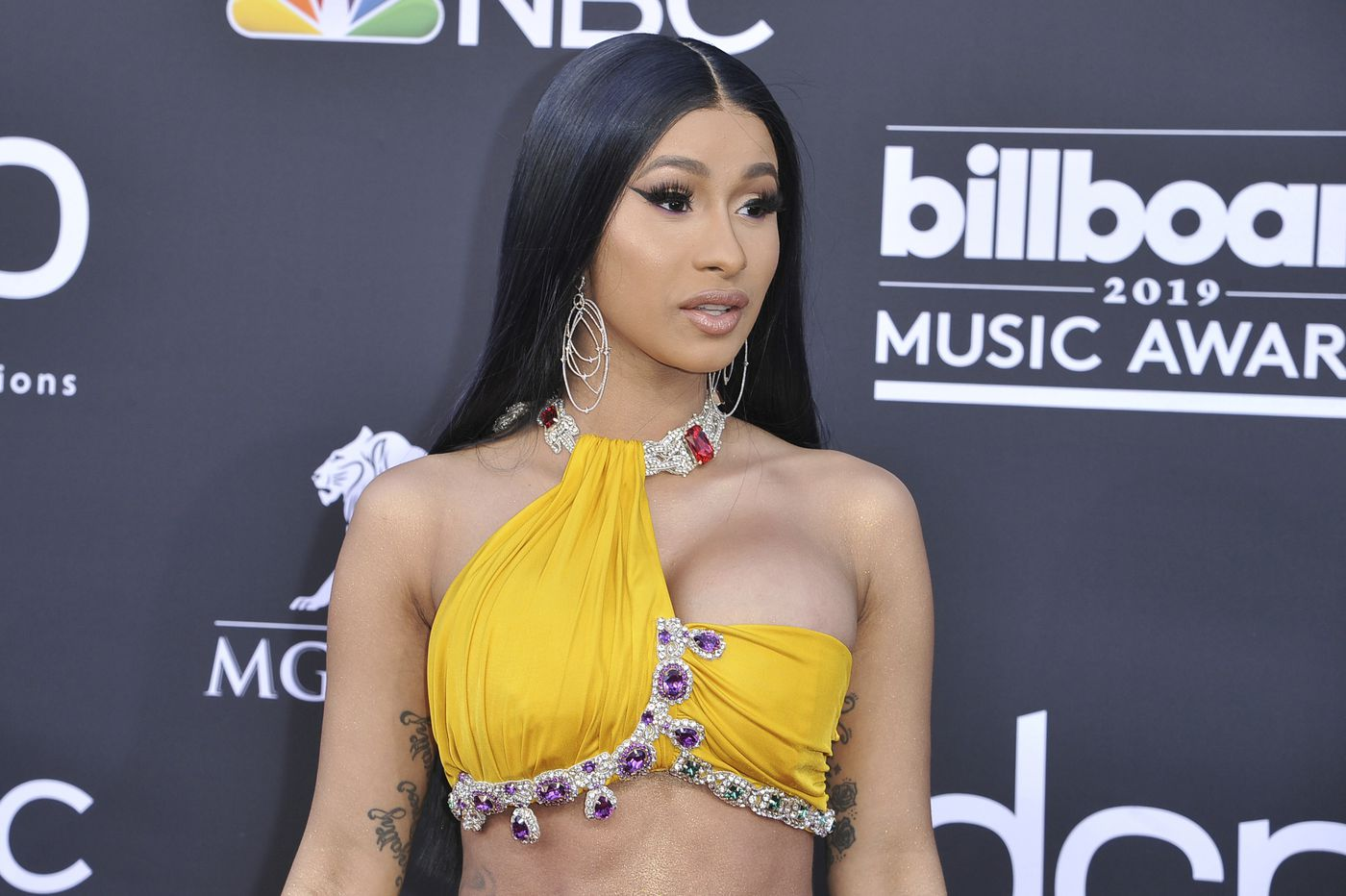 Dear Cardi B, Thank you for showing off your untoned tummy