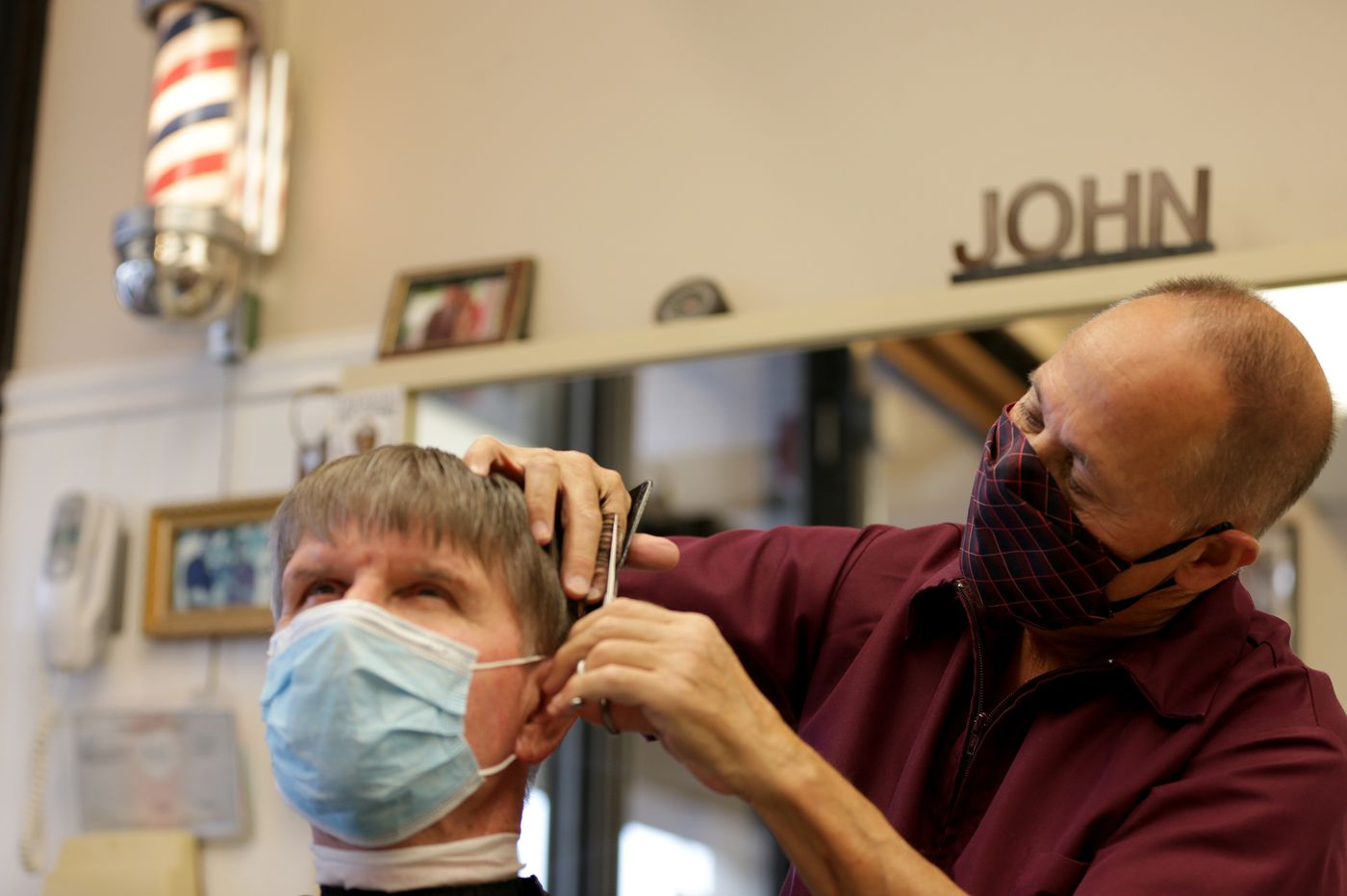 Popular Wynnewood barber cuts his career short due to COVID-19