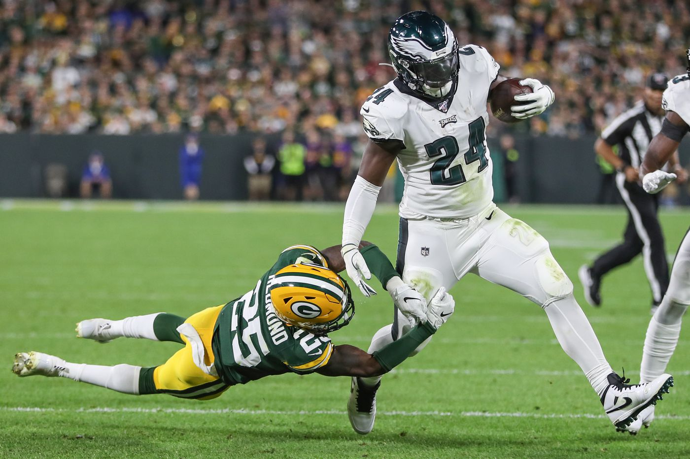 Eagles ground game will face a tougher test from the 0-3 Jets than it did from the Packers