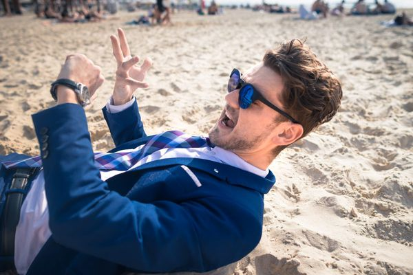 Don't be a jerk: How to behave at the beach this summer