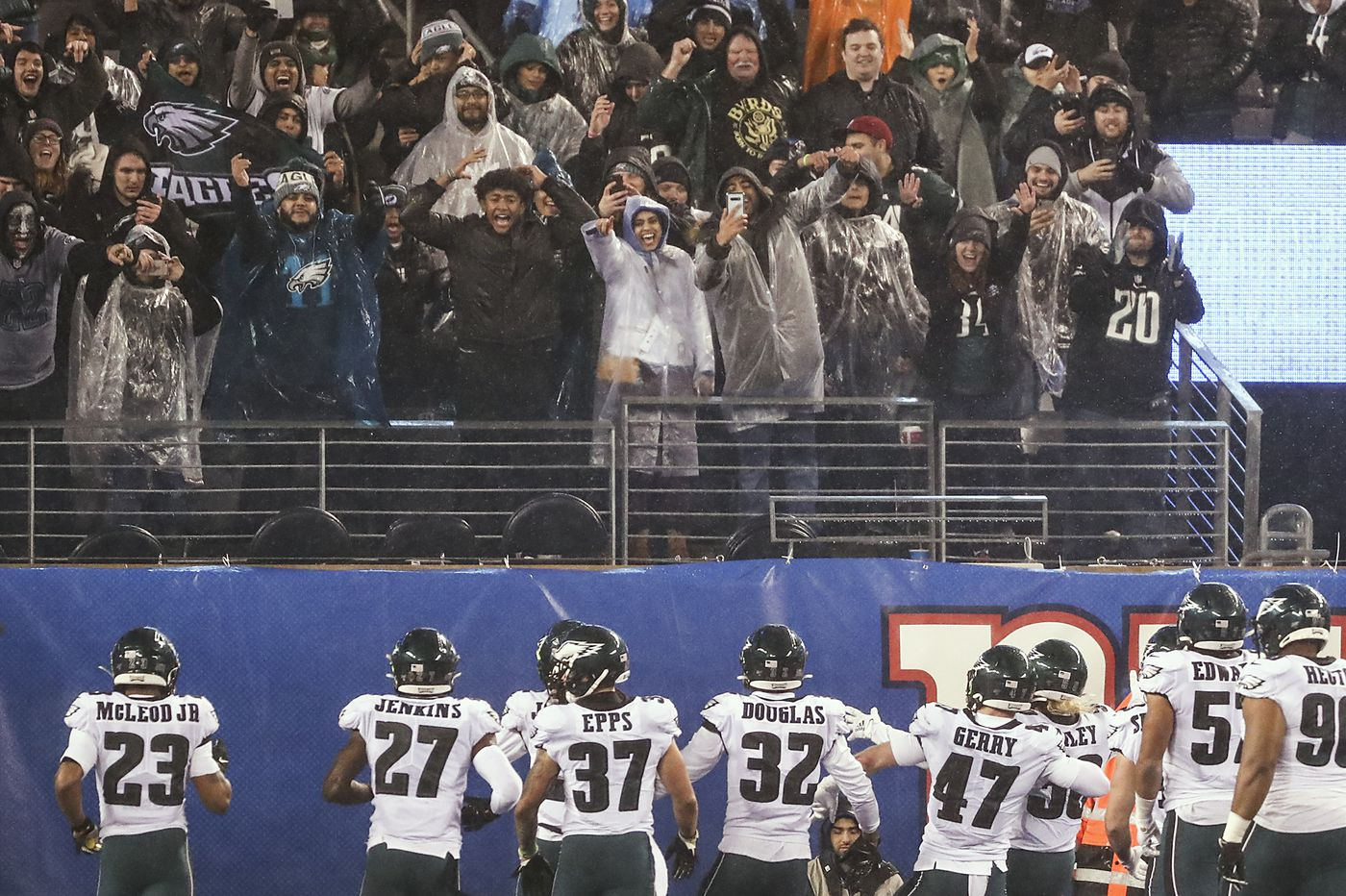 Eagles' NFC East title all the more sweet after adversity, players say | Early Birds