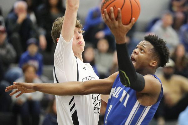 Teammates since seventh grade, Tyshon Judge and Hartnel Haye are lighting it up for Paul VI basketball