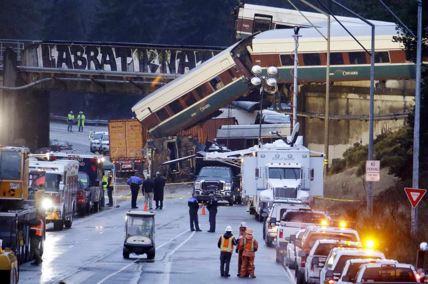 Tragic parallels between Washington Amtrak derailment and Philly's are growing