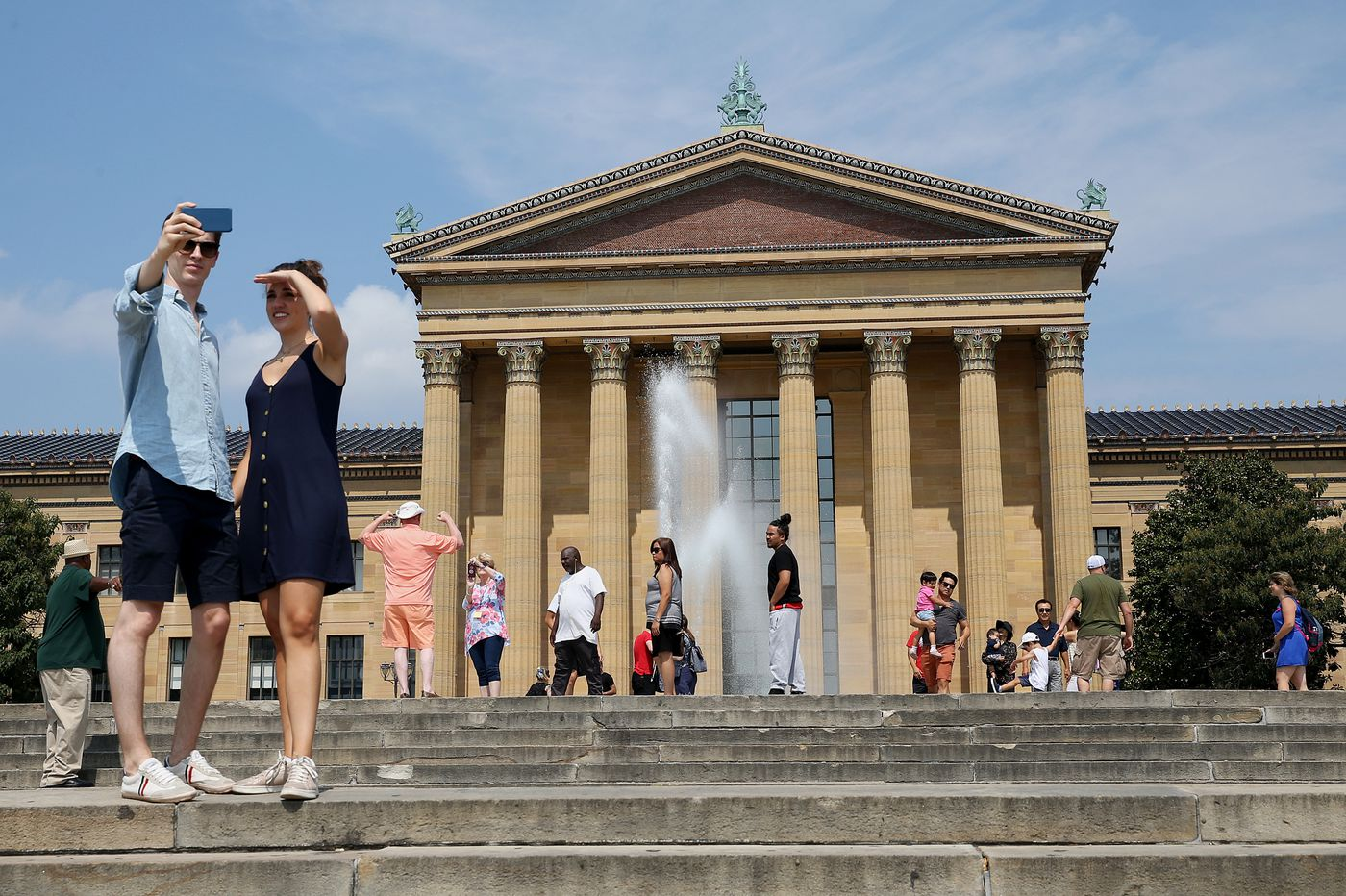 Philadelphia Museum of Art ends free admission for local art students