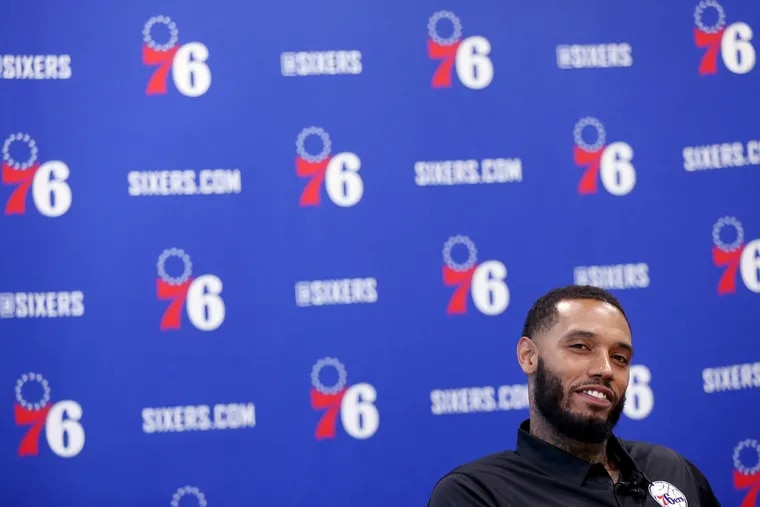 Sixers forward Mike Scott talks to reporters at the Sixers Training Complex in Camden, N.J., on Tuesday, Aug. 20, 2019.