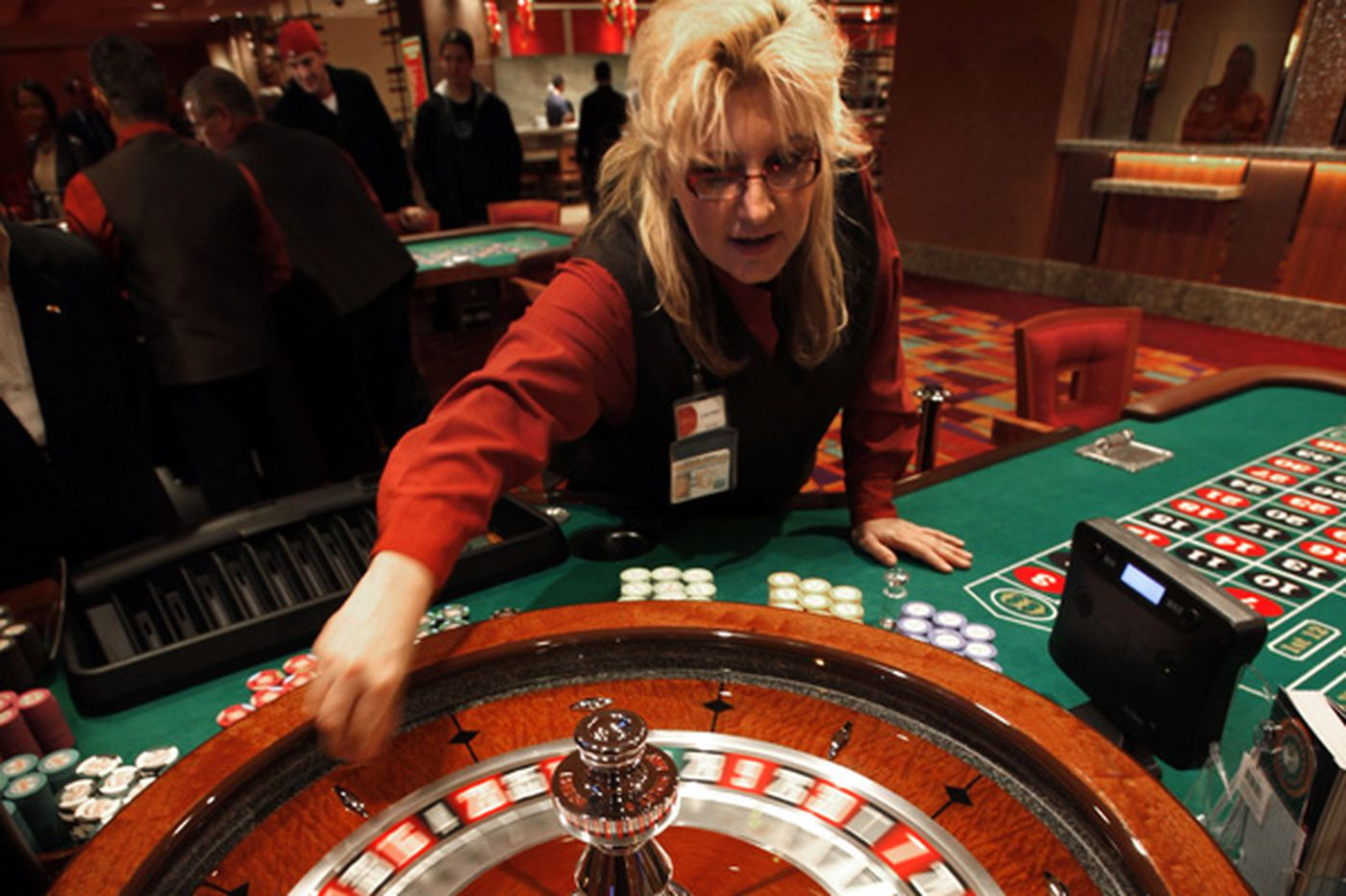 Pa. casinos took $67.9M at table games in March
