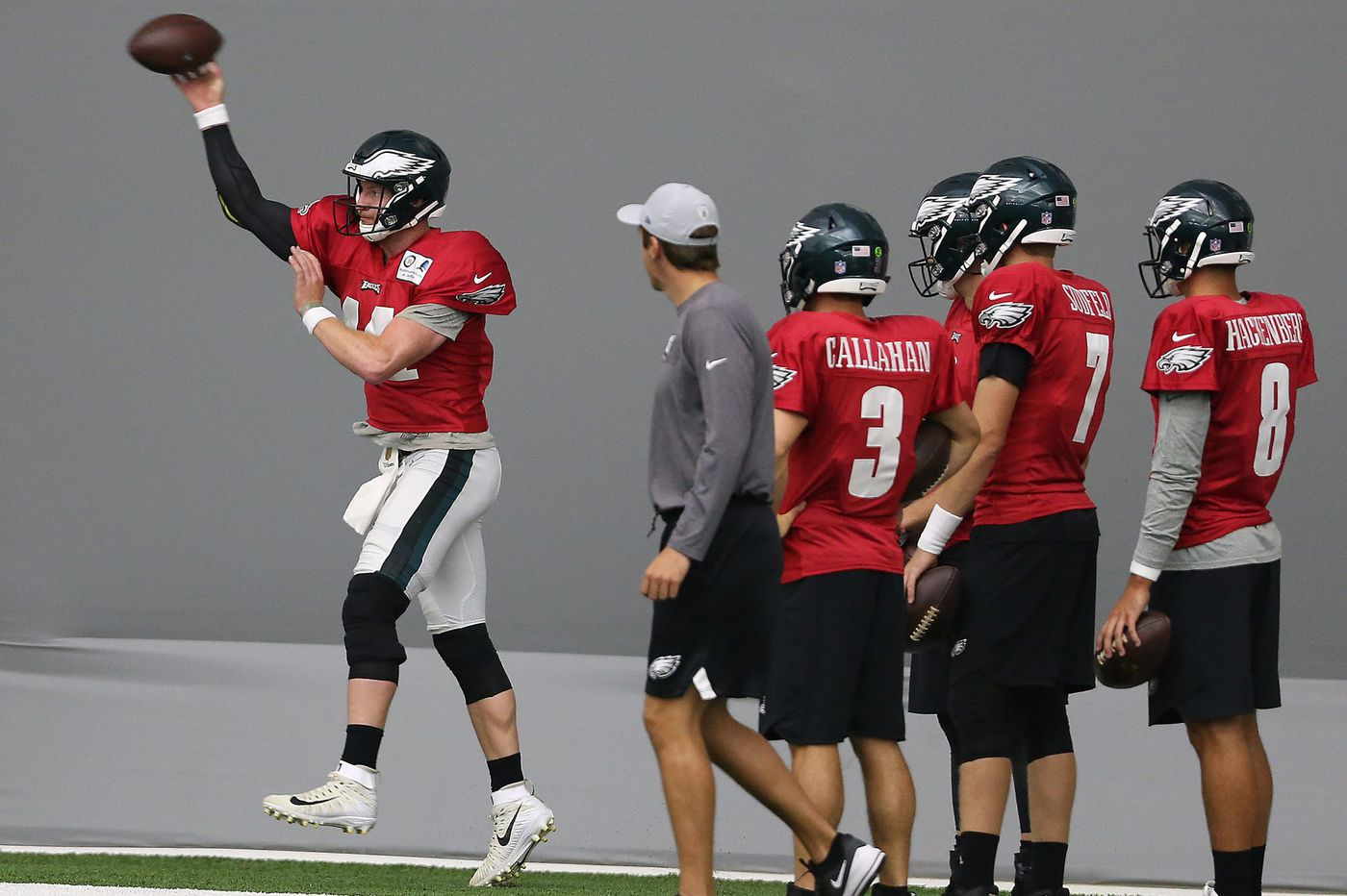 Carson Wentz, Mike Wallace work on chemistry; Rasul Douglas rebounds; Josh Adams leaves early | Eagles practice observations
