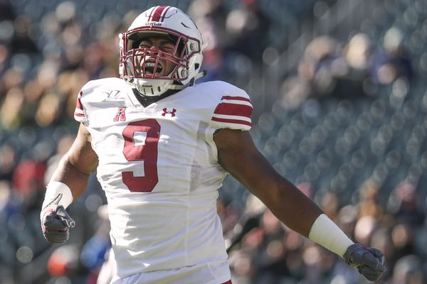 Temple end Quincy Roche named AAC defensive player of the year
