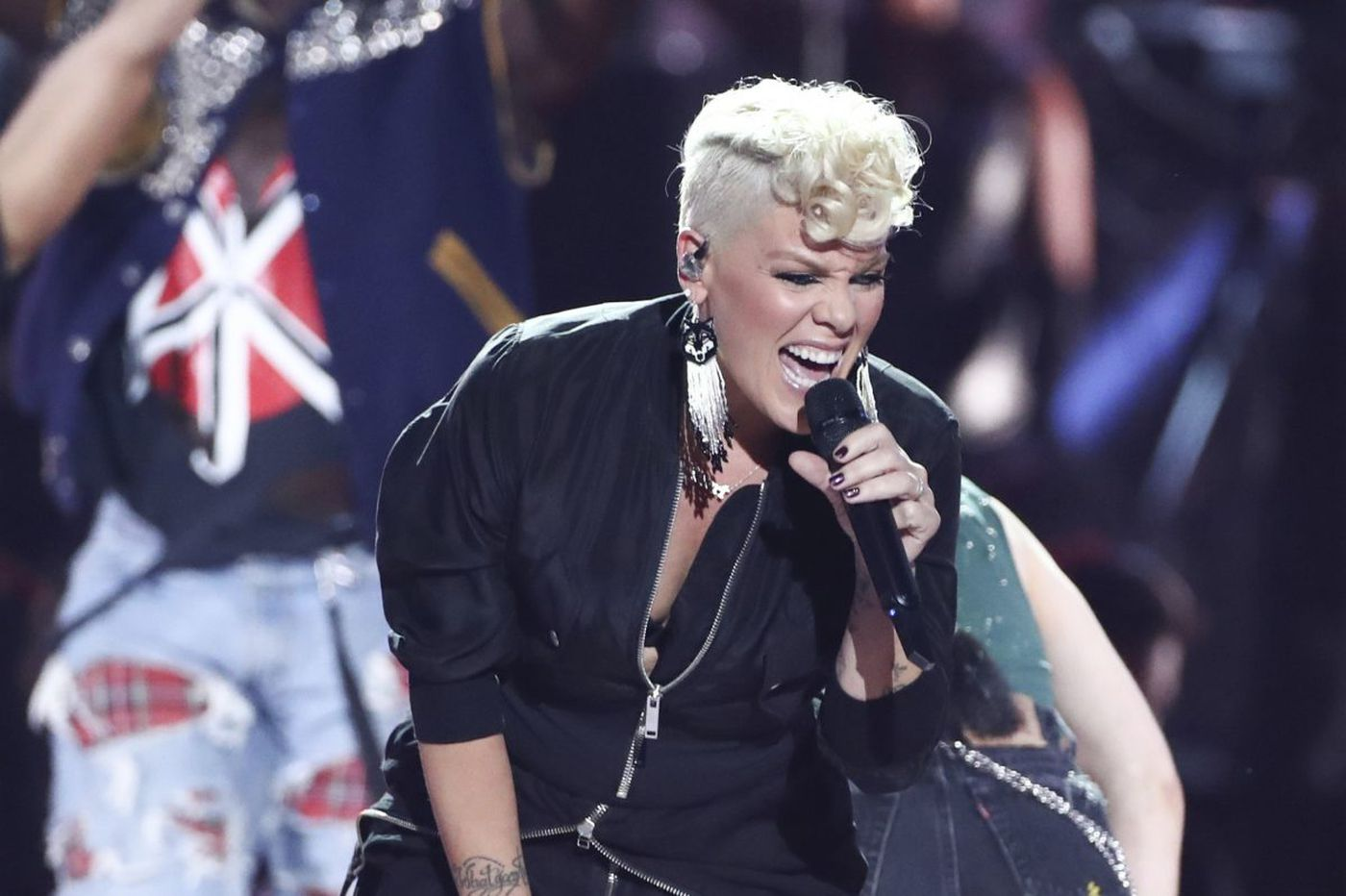 Doylestown's Pink to perform National Anthem at Super Bowl LII