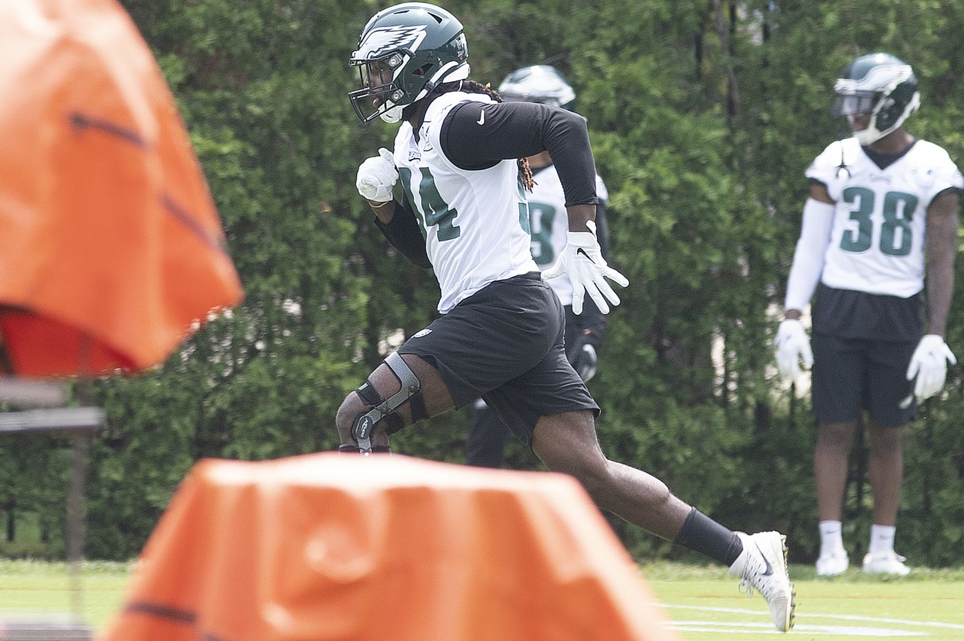 Eagles' Josh Sweat rushing to help replace Michael Bennett and Chris Long | Jeff McLane