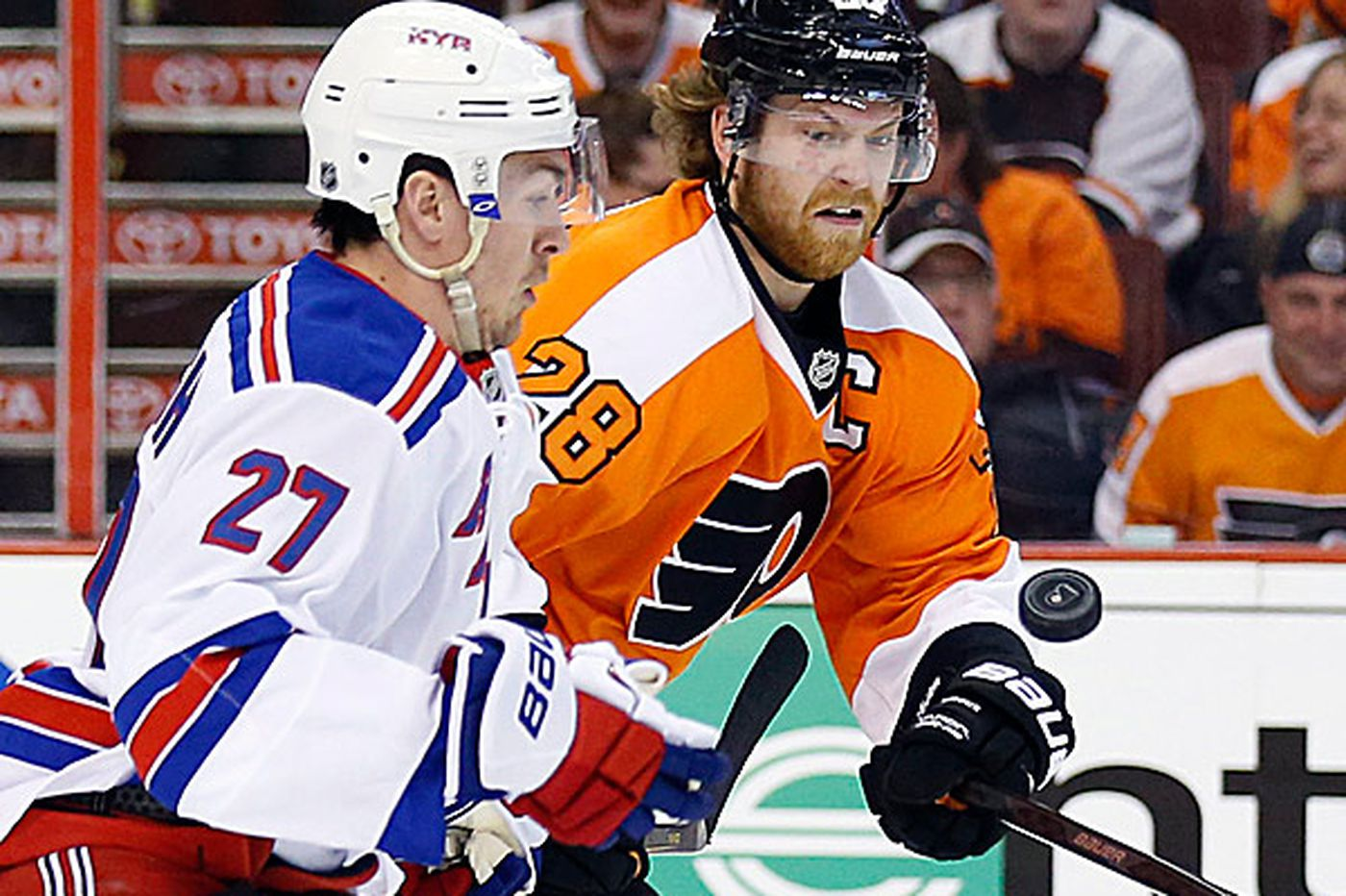 Flyers embrace comeback role once again