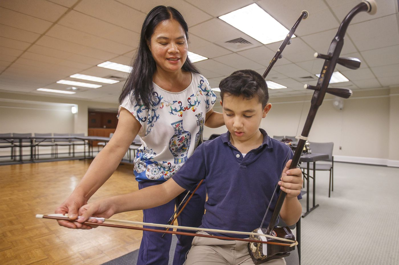 This erhu specialist is working to make Chinese music more visible in Philly