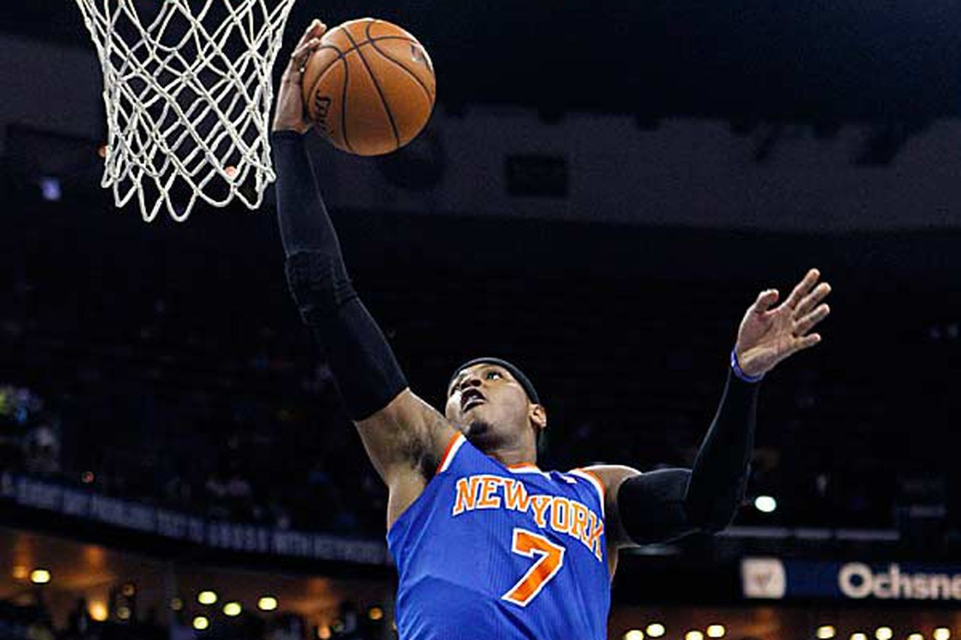Anthony has 31 to help Knicks cut down Nets
