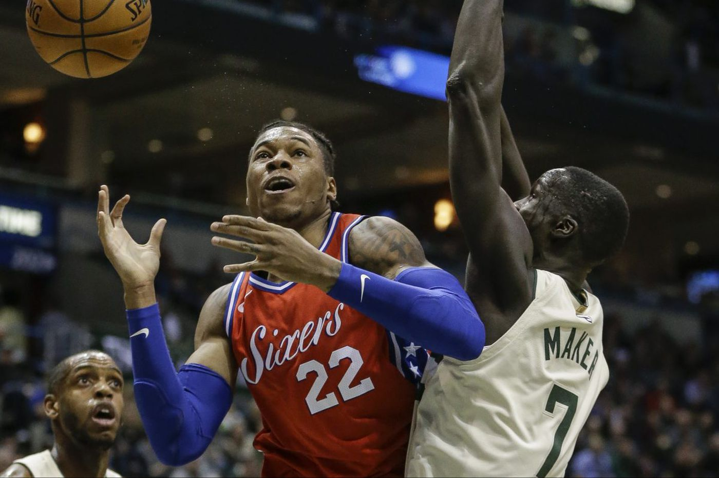 Sixers-Bucks: Giannis Antetokounmpo shines, Sixers can't hit from deep, and other quick thoughts from a 107-95 loss
