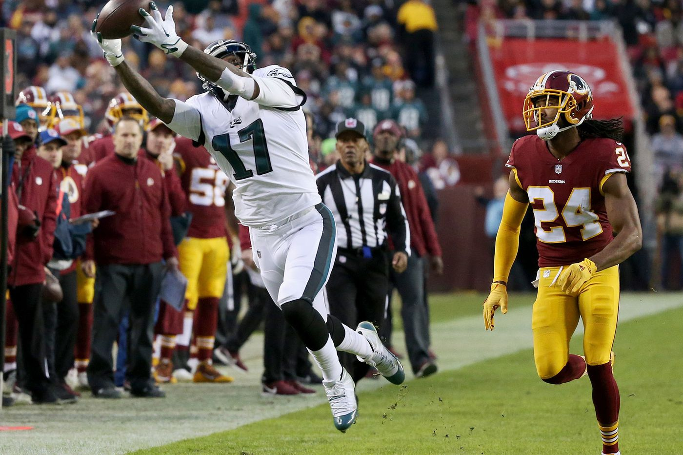 eagles 24 washington 0 after dominant win birds are in playoffs